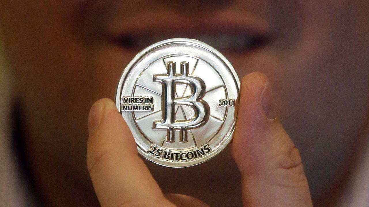Cryptocurrency: Apa yang perlu diketahui tentang uang digital