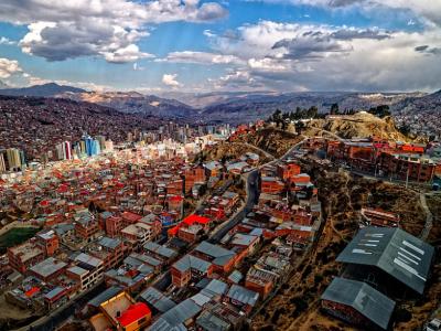 Seorang Pemimpin Cryptocurrency Bolivia Datang Dari Herring Merah - Dingin