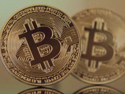 Level Psikologis $ 10.000 Bitcoin: Investor Ritel Vs Paus Dan Pedagang Profesional