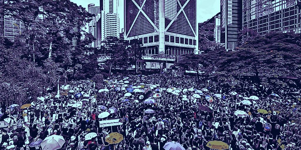 Bagaimana cryptocurrency memicu protes dan gerakan anti-pemerintah