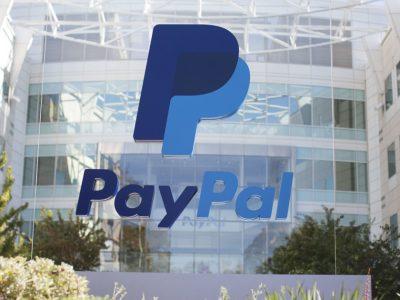 PayPal mendapat lisensi cryptocurrency; Pejabat Fed memperingatkan risiko kebijakan moneter